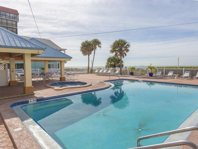 San Remo Beach Front Condo Star5Vacations, holiday rental in Redington Shores