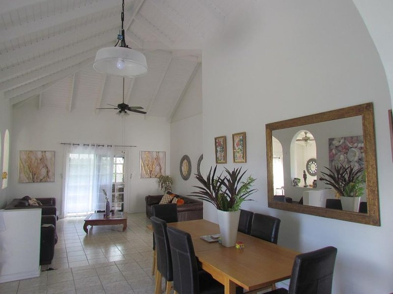 Spice Irie Heights 'Africa' St Paul's, St George's, vacation rental in Belmont