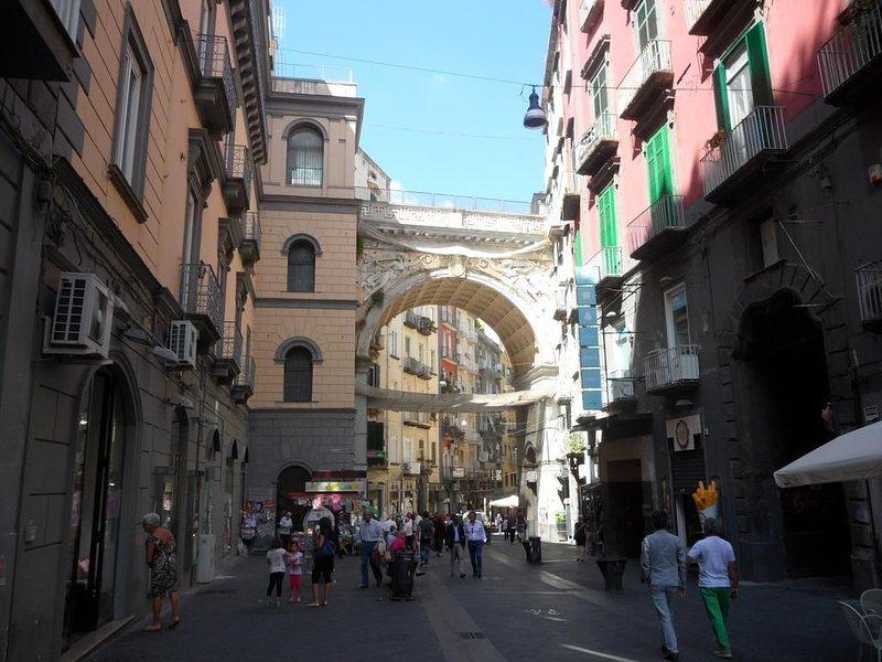 Incanto a Chiaia Casa vacanze nel centro di Napoli-free wifi, alquiler vacacional en Pompeya