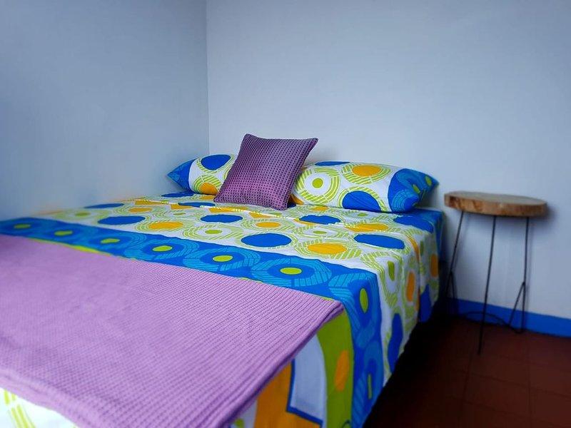 Apartamento Amoblado en Pereira 'Al Paso de José' Excelente Ubicacion, holiday rental in Combia