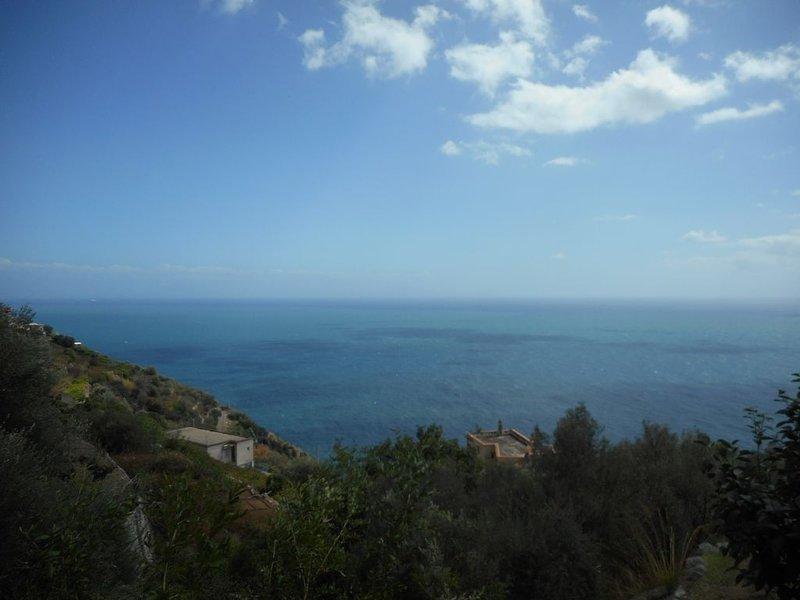 Casa Nonno Gigi, Furore in Costiera Amalfitana, vacation rental in Fiordo di Furore