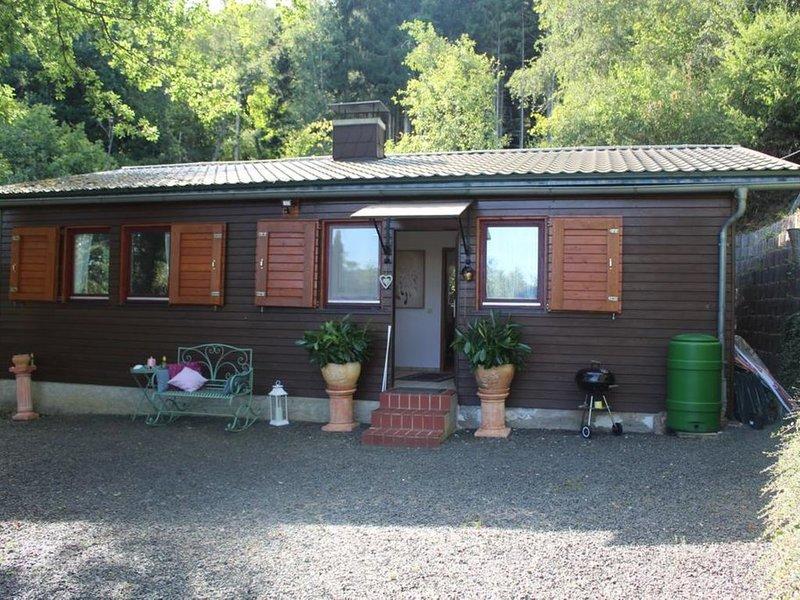 Heimbach Charlet mit Terrasse und Gartenblick, vacation rental in Dannenfels