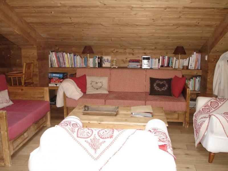 GRAND DUPLEX SKI AUX PIEDS, casa vacanza a Les Avanchers-Valmorel