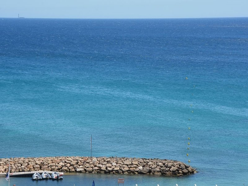 Villa Bord de mer au Rouet plage, holiday rental in Carry-le-Rouet