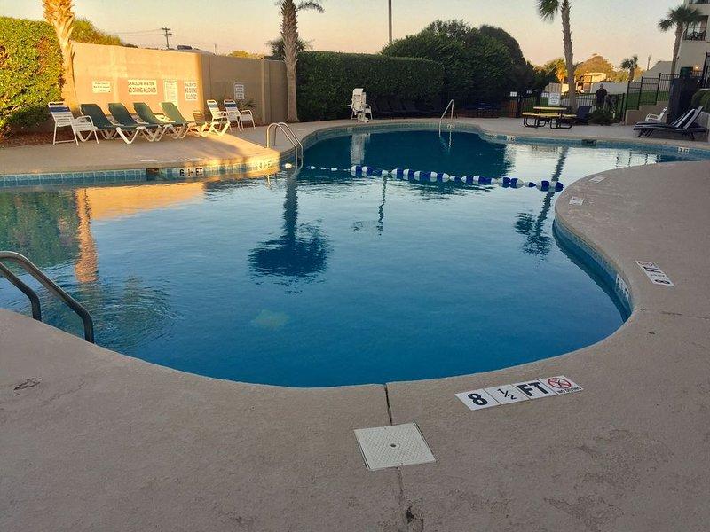 *Ocean Front Studio - Relax w/Resort Amenities, holiday rental in Socastee