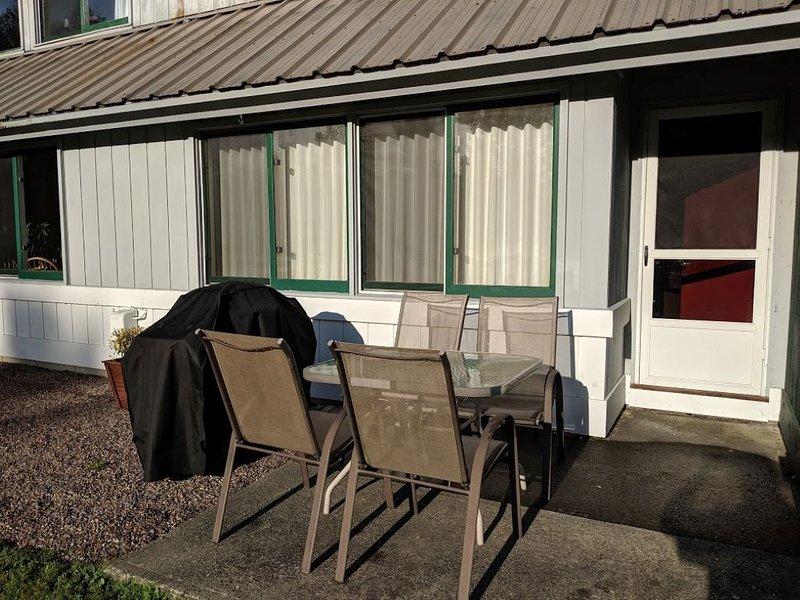 Great Stowe Vacation Condo, 2 Bedrooms + Convertible bed, 2 Baths, (Sleeps 4-6), aluguéis de temporada em Stowe