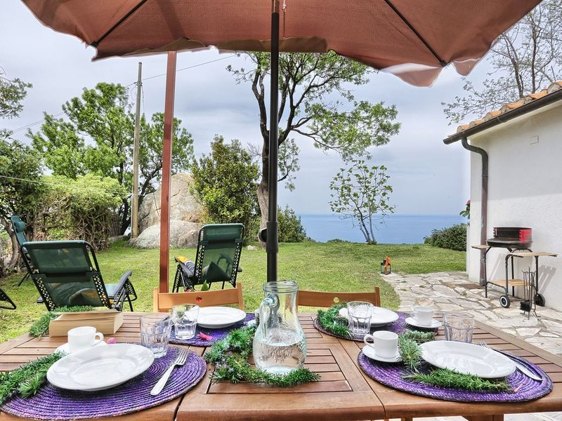 Gemütliches Bauernhaus in atemberaubender Umgebung – Casa La Capraia, holiday rental in Sant'Andrea