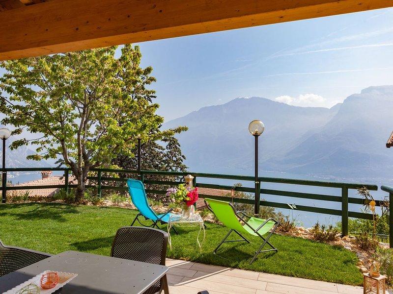 Apartment mit tollem Ausblick - Casa Vacanze Marisol, casa vacanza a Tremosine sul Garda