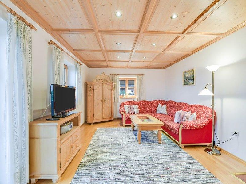 Wunderschöne Ferienwohnung Morgenrot mit Bergblick, WLAN, Balkon und Garten; Par, alquiler de vacaciones en Bad Heilbrunn