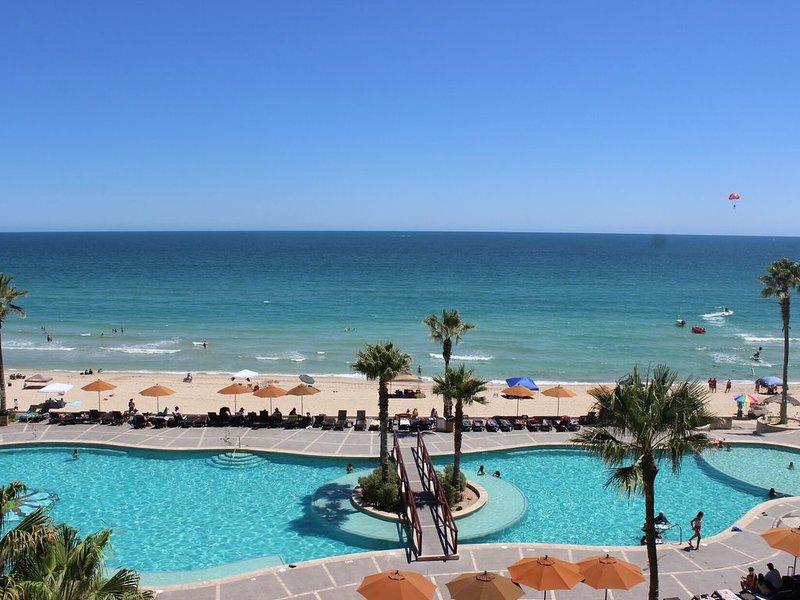 *Premier Host* Sonoran Sun W-411 Sunny Beach Hive 1 BR Oceanfront, holiday rental in La Choya