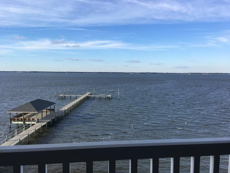 Beautiful Soundfront Condo!, vacation rental in Salter Path