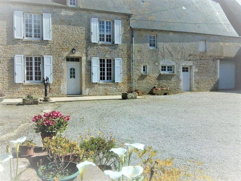 Maison à St Marcouf, proche de Sainte Mère Eglise et des plages de débarquement, casa vacanza a Saint-Floxel