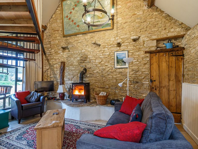 Converted barn in the South Cotswolds, sleeps four and dog friendly., holiday rental in Whitminster