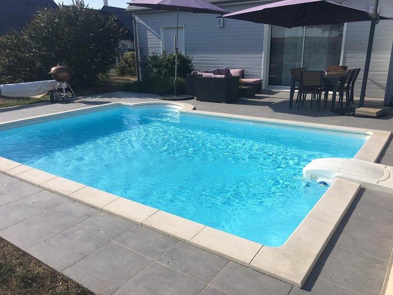 Au coeur des châteaux de la Loire: Jolie maison avec piscine privée, location de vacances à Pocé-sur-Cisse