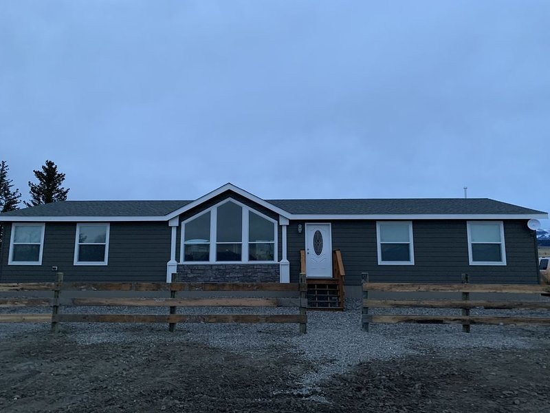Falls Creek Meadows Ranch, holiday rental in Wilsall