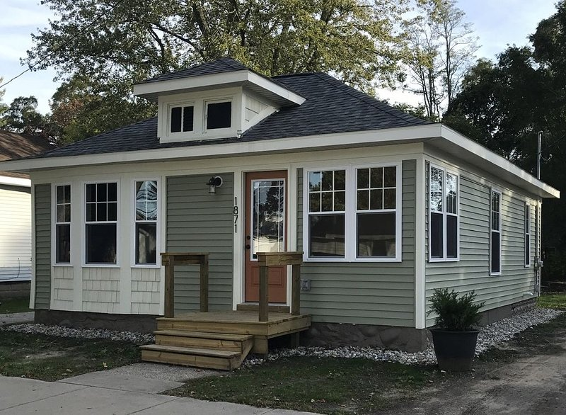 Mahalo Home - Lakeside Bungalow, casa vacanza a Muskegon County