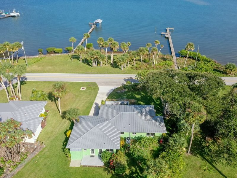 Waterfront home - 250' private dock & boat slip with view of  Sebastian Inlet ., vacation rental in Sebastian