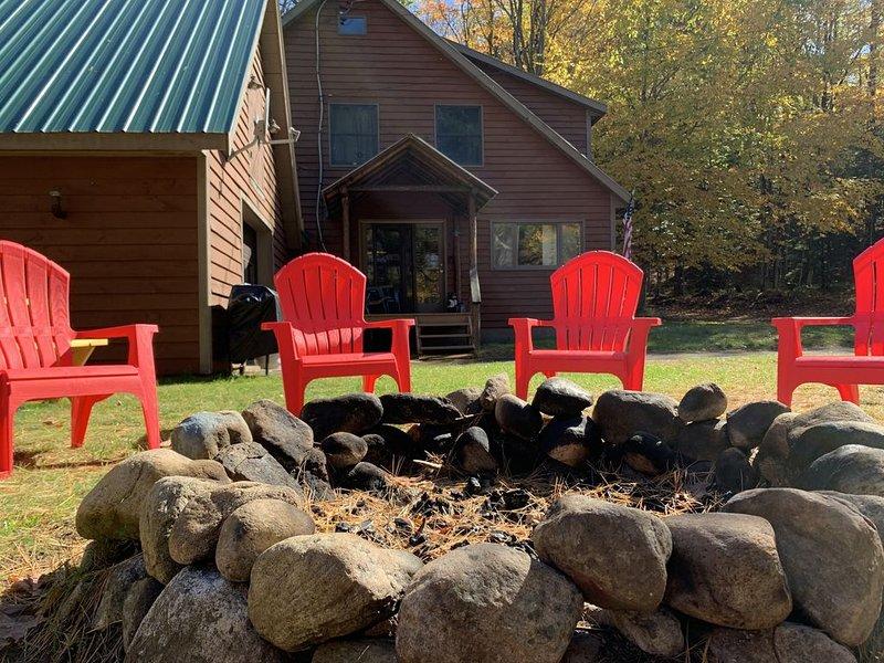 Adirondack Cabin - Moose River & Old Forge Getaway – semesterbostad i Greig