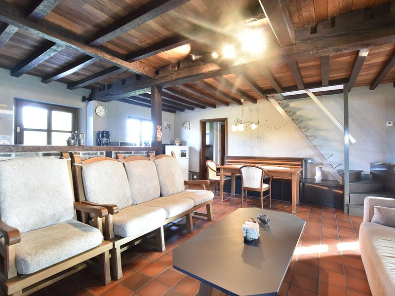 Appealing Chalet in Westouter with Garden, vacation rental in Watou