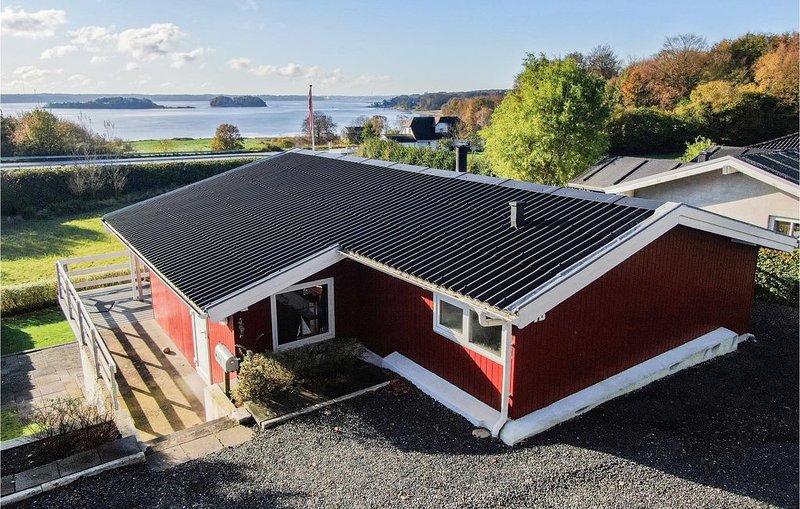2 Zimmer Unterkunft in Kruså, holiday rental in Rinkenaes