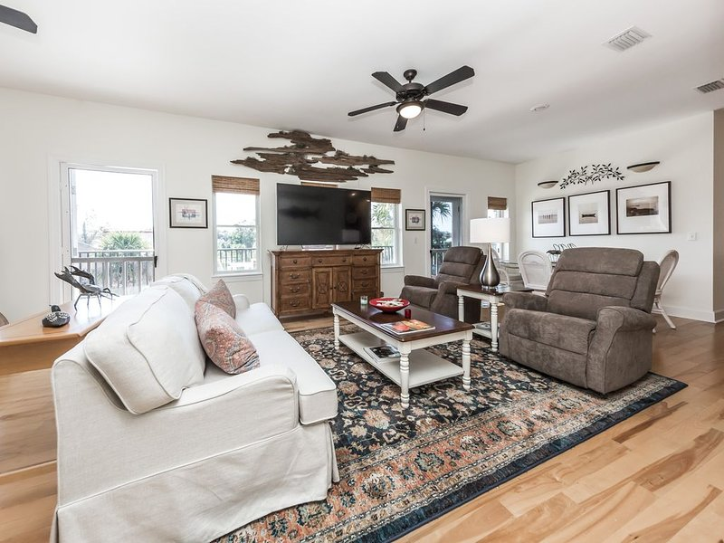 The Osprey - Relax in the heart of Apalach, location de vacances à Apalachicola