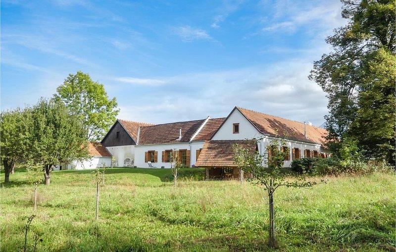 2 Zimmer Unterkunft in Limbach, location de vacances à Kukmirn