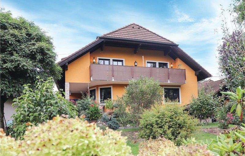 2 Zimmer Unterkunft in Rohr im Kremstal, vacation rental in Micheldorf