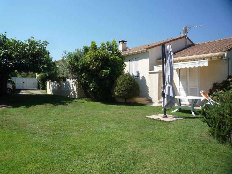 appartement,f1 2 pieces,1cuisine,1 chambre,1 salle d'eau, location de vacances à Sorbo-Ocagnano