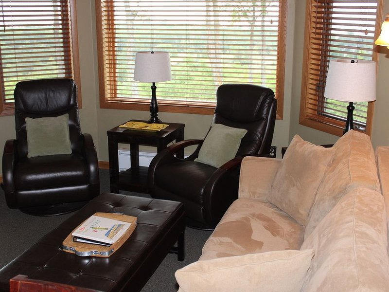 Hotel Condo  with Great Water Views, holiday rental in Egg Harbor