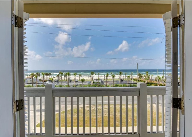 Special Discount for Summers - Walking distance to beach!!, vacation rental in Panama City Beach