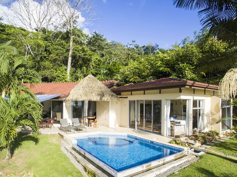 Our Slice Of Paradise!! Ocean View, Pool, Creek and Waterfall ! – semesterbostad i Uvita