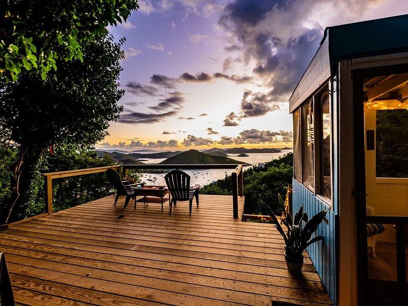 Blue Wrasse - Cute Little Cottage for Budget Conscious!, location de vacances à Coral Bay
