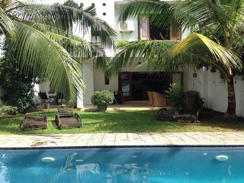 Tropical Lakeside Villa, Hikkaduwa, holiday rental in Baddegama