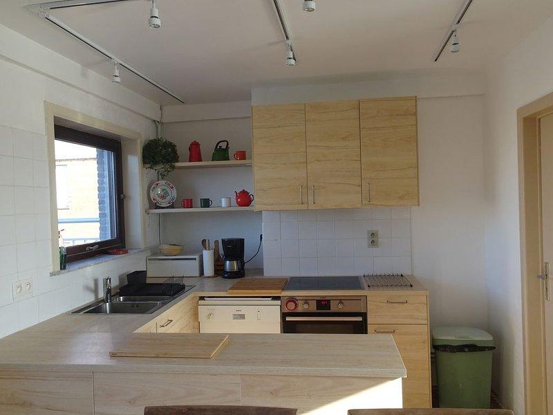 Penthouse ensoleillé - 8 personnes- 3 chambres- vue sur mer, holiday rental in Koksijde Bad