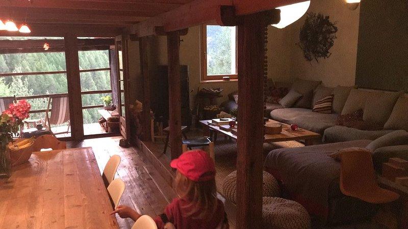 Chalet Queyras - Authentique fuste rénovée - Tout confort, location de vacances à Molines-en-Queyras