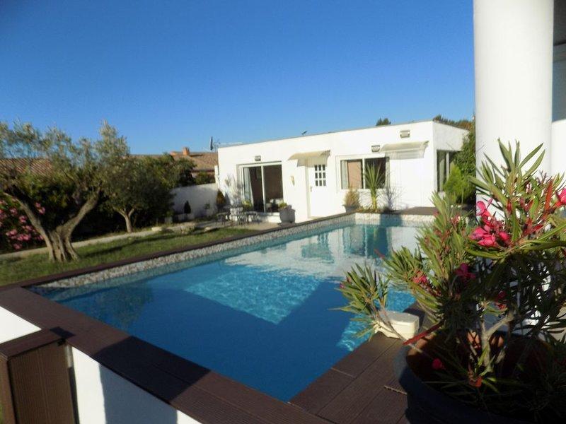 Villa VAYA, idéal pour couple avec 2 enfants, vacation rental in Pennautier