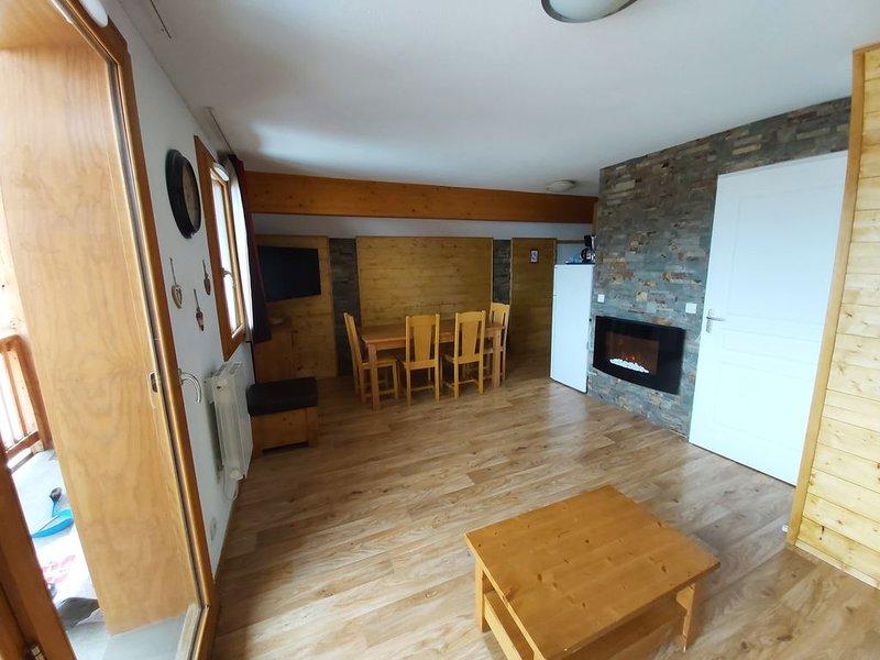 Appartement duplex 6 personnes, 1 chambre 48m2  piscine jacuzzi, location de vacances à Les Orres