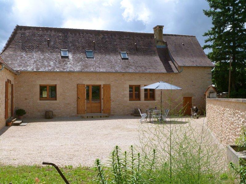 Maison Périgord Noir près de Lascaux, Montignac, Sarlat, Périgueux, alquiler vacacional en Peyzac-le-Moustier