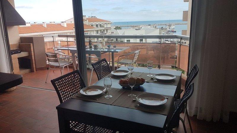Très bel appartement T3, vue mer,port, montagne, proche de tout, tout à pieds., casa vacanza a Saint-Cyprien