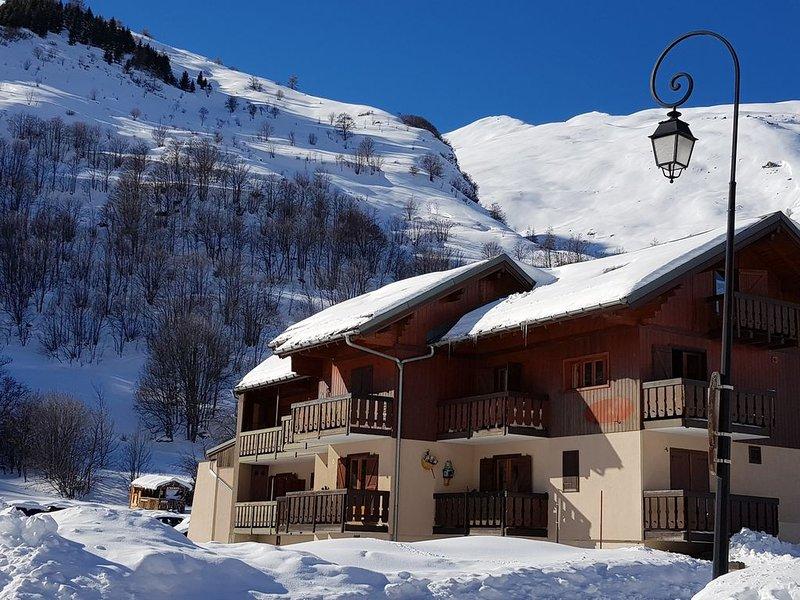 Appartement plein sud au calme à proximité des pistes avec vue sur le Galibier, location de vacances à Villar-d'Arêne