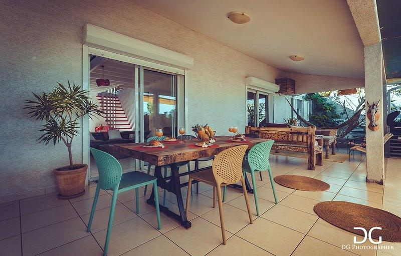 Superbe villa avec piscine bien située, très belle vue., location de vacances à Saint-Gilles-Les-Bains