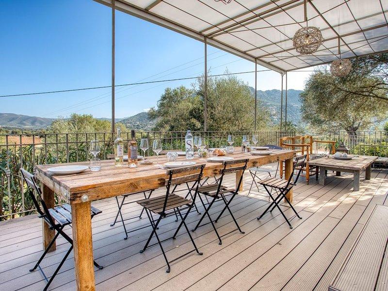 'Maison des Oliviers' avec piscine, TESA, vacation rental in Monticello