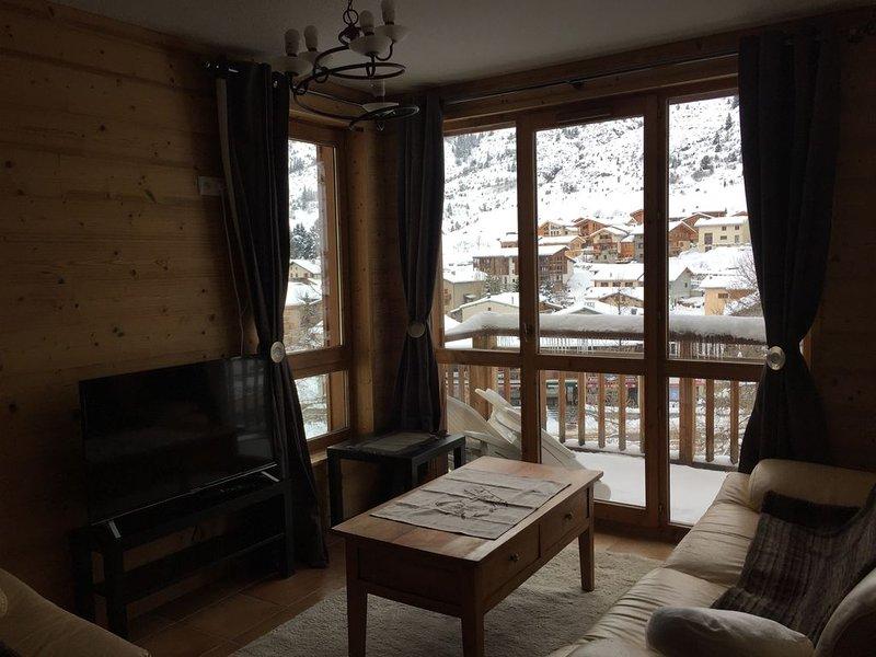 Appartement 4 personnes pied des pistes, aluguéis de temporada em Val-Cenis