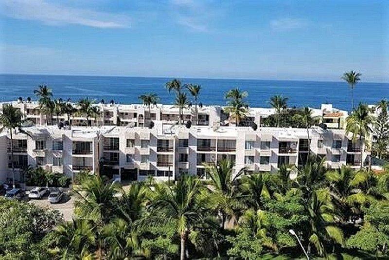 One Bedroom - Beachfront Complex Marina Mazatlan, holiday rental in Mazatlan