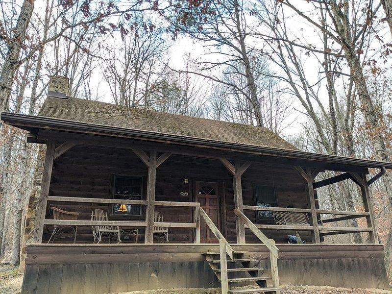 �Cabin in the Woods, Hot Tub, Hocking Hills State Park �, aluguéis de temporada em Starr