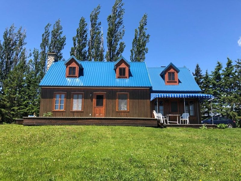 The river house in the fields, vacation rental in Saint-Laurent-de-l'Ile-d'Orleans