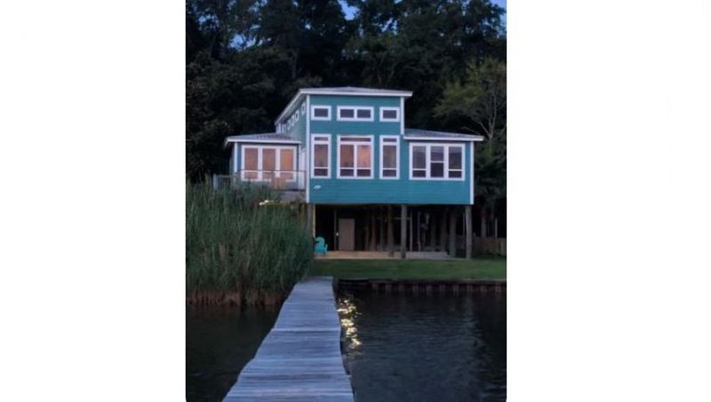 Private Waterfront--Scenic Serenity, holiday rental in Milton