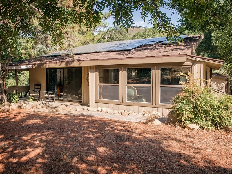 Beautiful Cabin in the Woods, vacation rental in Escondido