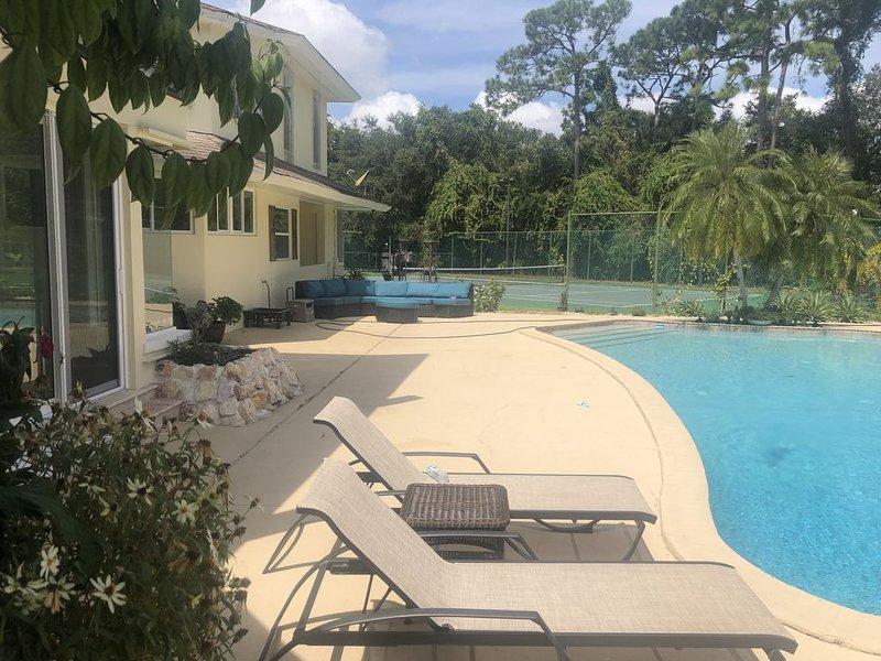 Luxury home near to beach, alquiler de vacaciones en Feather Sound