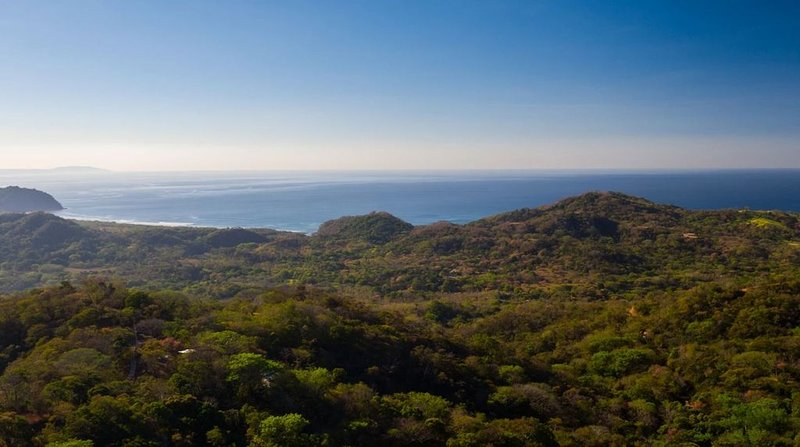 Costa Rican Villa w/ Stunning Views of the Pacific, aluguéis de temporada em Nicoya